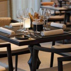 Tangla Hotel Brussels гостиничный бар