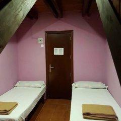 Отель Alberg Les Daines сейф в номере
