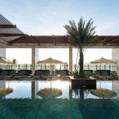 Отель Citadines Bayfront Nha Trang бассейн фото 2