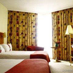 Отель Canopy by Hilton Madrid Castellana Испания, Мадрид - 9 отзывов об отеле, цены и фото номеров - забронировать отель Canopy by Hilton Madrid Castellana онлайн комната для гостей фото 3