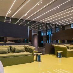 Отель Pattaya Central Sea View Pool Suite Паттайя гостиничный бар