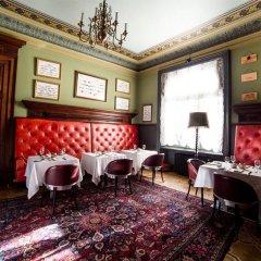 Отель Gallery Park Hotel & SPA, a Châteaux & Hôtels Collection Латвия, Рига - 1 отзыв об отеле, цены и фото номеров - забронировать отель Gallery Park Hotel & SPA, a Châteaux & Hôtels Collection онлайн гостиничный бар