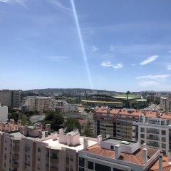 Отель Lisbon Luxe Spacious Flat балкон