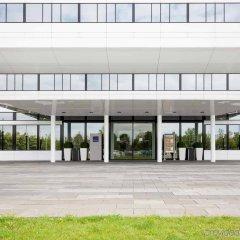 Отель Novotel Muenchen Airport Фрайзинг бассейн