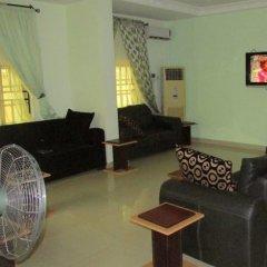 Отель Golf Exquisite Hotel Нигерия, Энугу - отзывы, цены и фото номеров - забронировать отель Golf Exquisite Hotel онлайн интерьер отеля
