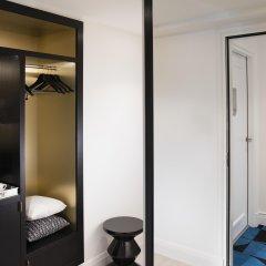 Отель Dress Code And Spa Париж сейф в номере