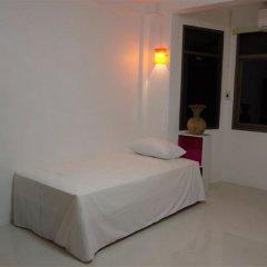 Donmueang Airport Residence Hostel комната для гостей