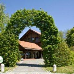 Отель TOP CountryLine Schrenkhof Германия, Унтерхахинг - 1 отзыв об отеле, цены и фото номеров - забронировать отель TOP CountryLine Schrenkhof онлайн парковка