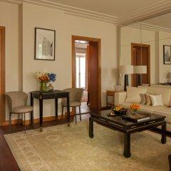 Four Seasons Hotel Milano 5* Представительский люкс с различными типами кроватей фото 6