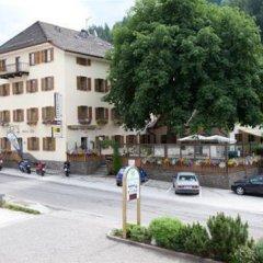 Отель Zum Weissen Roessl Сарентино парковка