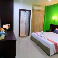 Отель Thana Patong Guesthouse комната для гостей фото 5