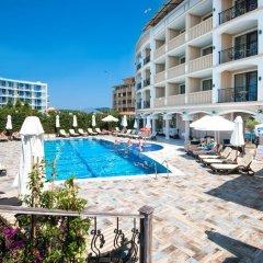 Отель Siena Palace бассейн