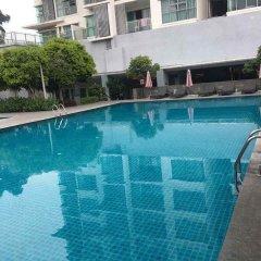 Отель 3 Bed Apart in the Heart of KL Малайзия, Куала-Лумпур - отзывы, цены и фото номеров - забронировать отель 3 Bed Apart in the Heart of KL онлайн бассейн фото 2