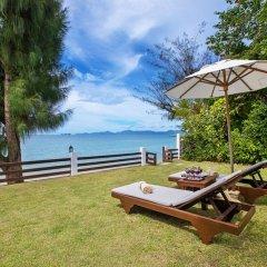Отель The Emerald Beach Villa 4 Таиланд, Самуи - отзывы, цены и фото номеров - забронировать отель The Emerald Beach Villa 4 онлайн пляж
