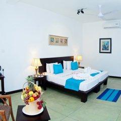 Отель Coco Royal Beach Resort Шри-Ланка, Ваддува - отзывы, цены и фото номеров - забронировать отель Coco Royal Beach Resort онлайн комната для гостей фото 4