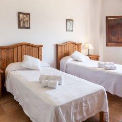 Отель Villa Portmany комната для гостей