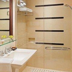 Отель The St. Regis Hotel Канада, Ванкувер - отзывы, цены и фото номеров - забронировать отель The St. Regis Hotel онлайн ванная фото 2