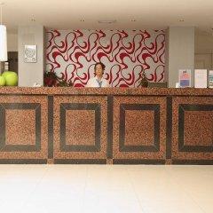 Marlita Beach Hotel Apartments интерьер отеля