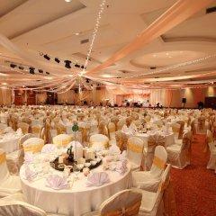 Отель Bayview Beach Resort Малайзия, Пенанг - 6 отзывов об отеле, цены и фото номеров - забронировать отель Bayview Beach Resort онлайн помещение для мероприятий фото 2
