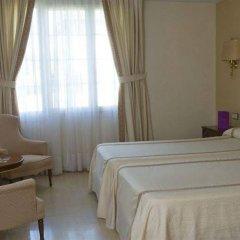 Ayre Hotel Córdoba сейф в номере