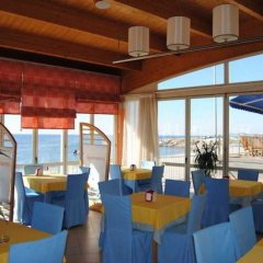 Aragosta Hotel & Restaurant гостиничный бар