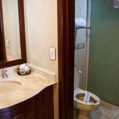 Отель Casino Plaza Гвадалахара ванная