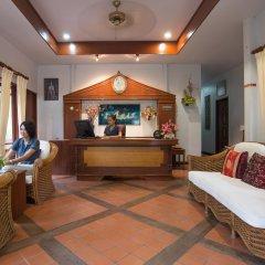 Отель Kata Interhouse Resort Таиланд, пляж Ката - 1 отзыв об отеле, цены и фото номеров - забронировать отель Kata Interhouse Resort онлайн интерьер отеля