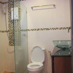 Апартаменты K&J Apartment Паттайя ванная