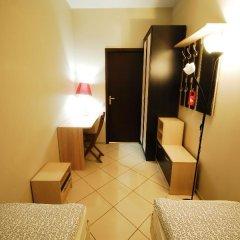 Хостел Landmark City Стандартный номер с 2 отдельными кроватями фото 3