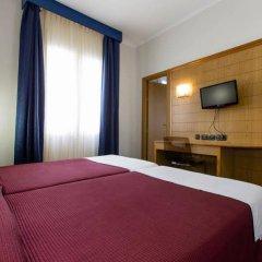 Hotel Negresco Gran Vía сейф в номере