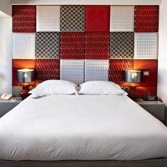 Отель Tivoli Oriente сейф в номере