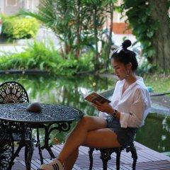 Отель Pattra Mansion by AKSARA Collection Таиланд, Пхукет - отзывы, цены и фото номеров - забронировать отель Pattra Mansion by AKSARA Collection онлайн приотельная территория фото 2
