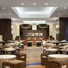 Отель Hilton New York JFK Airport США, Нью-Йорк - отзывы, цены и фото номеров - забронировать отель Hilton New York JFK Airport онлайн интерьер отеля фото 2