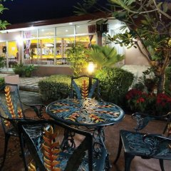 The Canal Hotel Бангкок питание