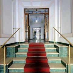 Отель Merulana 13 - Exclusive Rooms интерьер отеля фото 2