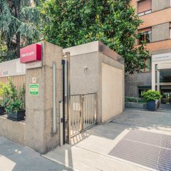Hotel Mercure Milano Solari парковка