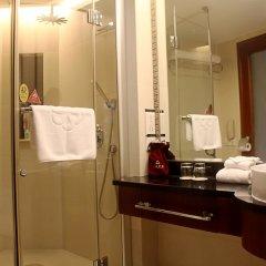Отель Shenzhen Shanghai Hotel Китай, Шэньчжэнь - 1 отзыв об отеле, цены и фото номеров - забронировать отель Shenzhen Shanghai Hotel онлайн ванная фото 2