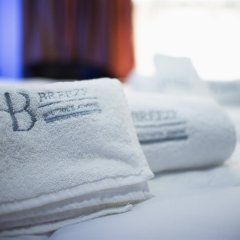 Отель Breeze Boutique Hotel Греция, Афины - 1 отзыв об отеле, цены и фото номеров - забронировать отель Breeze Boutique Hotel онлайн ванная