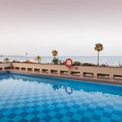 Отель ILUNION Fuengirola Испания, Фуэнхирола - отзывы, цены и фото номеров - забронировать отель ILUNION Fuengirola онлайн бассейн