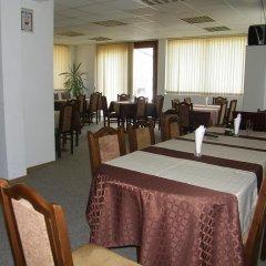 Отель Family Hotel Saint Iliya Болгария, Бургас - отзывы, цены и фото номеров - забронировать отель Family Hotel Saint Iliya онлайн питание
