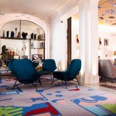 Отель Hôtel Vernet интерьер отеля