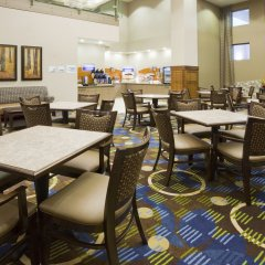 Holiday Inn Express Hotel and Suites Mankato East питание фото 2