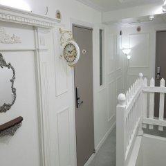 Отель Guest house & YOU интерьер отеля