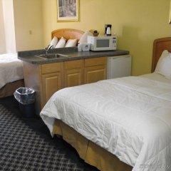 Отель Americas Best Value Inn Three Rivers комната для гостей