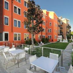 Отель Carnival Palace Hotel Италия, Венеция - отзывы, цены и фото номеров - забронировать отель Carnival Palace Hotel онлайн бассейн