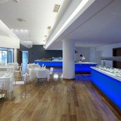 Lindos Blu Luxury Hotel & Suites - Adults Only гостиничный бар