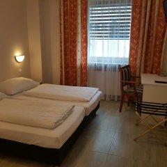 Отель Diana Германия, Дюссельдорф - отзывы, цены и фото номеров - забронировать отель Diana онлайн сейф в номере