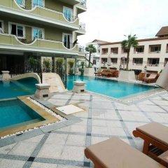 Отель LK Royal Suite Pattaya бассейн фото 3