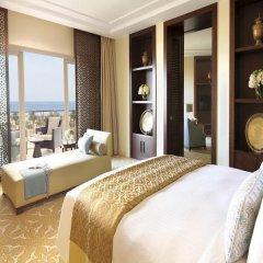 Отель The Ritz-Carlton, Dubai Люкс с различными типами кроватей фото 8