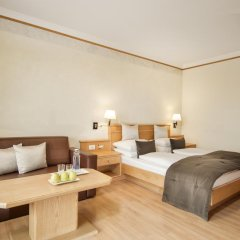 Small & Beautiful Hotel Gnaid Тироло комната для гостей